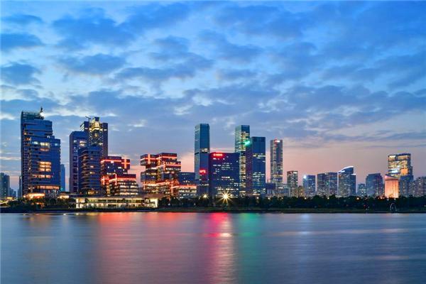 广东经济到底有多强大?连续31年经济全国第一!